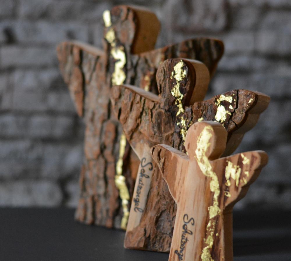 engel schutzengel c gro holzdeko mit 23 kt blattgold holzliebe iserlohn geschenke aus. Black Bedroom Furniture Sets. Home Design Ideas